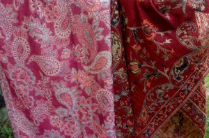 2017-09-18 DSC_0437 - scarf skirt fabric 2